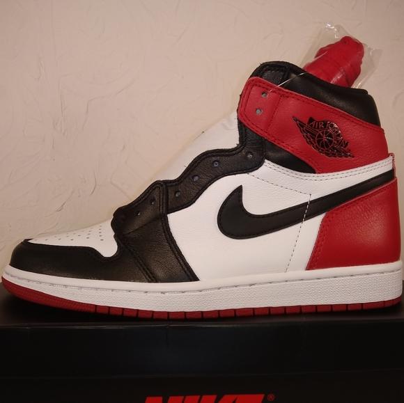 Air Jordan 1 Retro High Og Black Toe Mens size 8.5